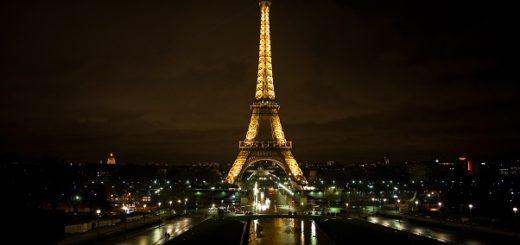Eiffel Tower tourist destination facts