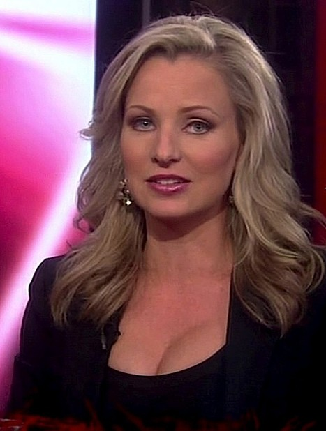 Fox news anchor spank